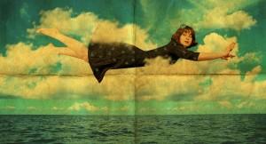 zwevende vrouw